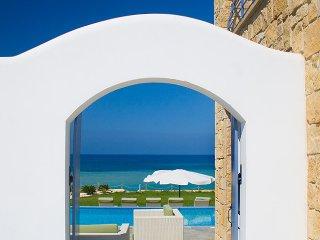 5 bedroom Villa with Hot Tub in Kissonerga - Kissonerga vacation rentals