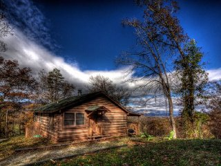 2 bedroom Cabin with Microwave in Asheville - Asheville vacation rentals