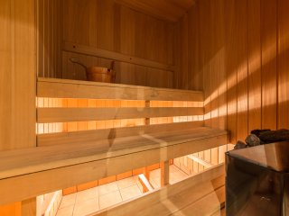 2 bedroom apartment for 6 with sauna - Tallinn vacation rentals