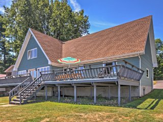 NEW! Waterfront 3BR Wolcott House w/Large Deck - Wolcott vacation rentals