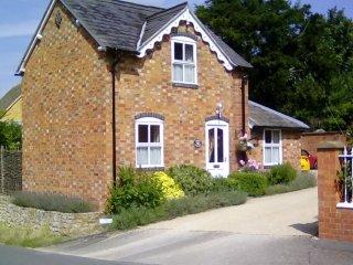 Elder Cottage, Mickleton, Cotswolds - Mickleton vacation rentals