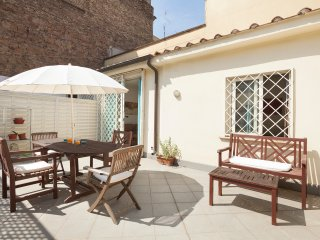 Bright 1 bedroom Vacation Rental in Rome - Rome vacation rentals