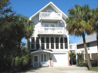 1603 Lovell Avenue - Bright and Modern and just a Short Walk From Everything - Tybee Island vacation rentals