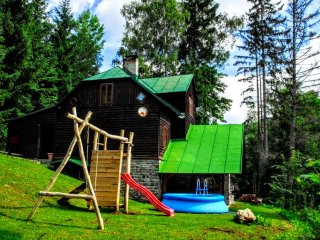 7 bedroom Cottage with Internet Access in Loucna nad Desnou - Loucna nad Desnou vacation rentals
