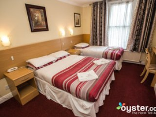 London Guest House - Triple Room - London vacation rentals