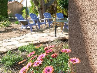 Paso Vine House, a Vintage Gem on the Westside of Downtown - Paso Robles vacation rentals