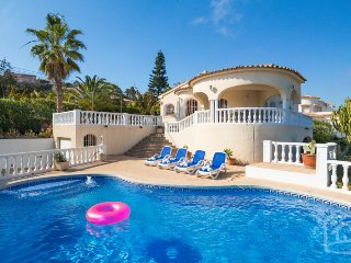 6 bedroom Villa in Calpe, Costa Blanca, Spain : ref 2031781 - Calpe vacation rentals