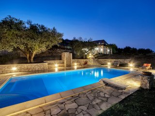 Nice Villa with Washing Machine and Television - Modica vacation rentals
