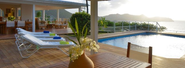 Caret - Ideal for Couples and Families, Beautiful Pool and Beach - Camaruche vacation rentals