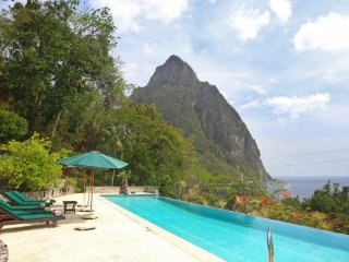 Colibri Villa - Ideal for Couples and Families, Beautiful Pool and Beach - Soufriere vacation rentals