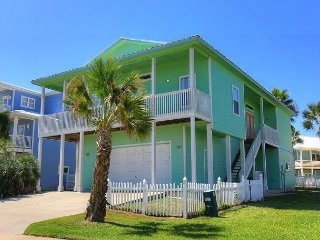 Great 4 bedroom in Royal Sands on Mustang Island! - Port Aransas vacation rentals