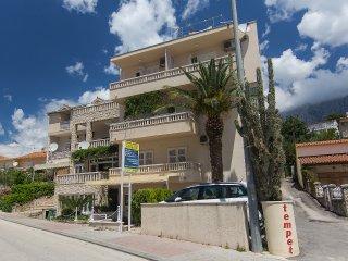 Apartmani Premeru A/2+2 - Makarska vacation rentals