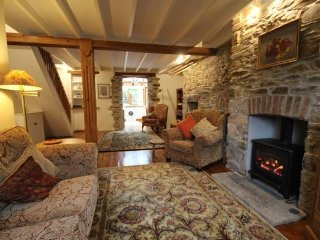 Lovely 2 bedroom Luxulyan Cottage with Internet Access - Luxulyan vacation rentals
