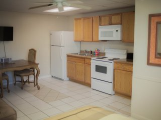 Studio Apt on Fl.Bay Beach,Marina, Docks - Key Largo vacation rentals