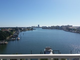 Dockside 504 Minutes from the Sand - Clearwater vacation rentals