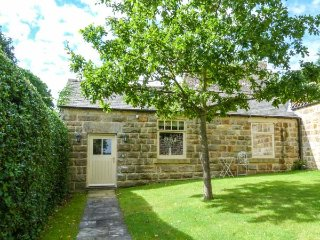 Oaktree Cottage, all ground floor, luxury accommodation, close to many attractions, Harrogate, Ref 937822 - Harrogate vacation rentals