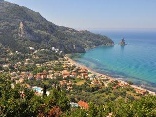 Sea view apartment for 4 - 12 people - Agios Gordios vacation rentals
