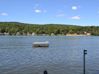Beautiful House with Deck and Internet Access - Middlefield vacation rentals