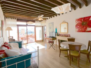 Relaxing apartment in the Old Town - Franceses vacation rentals