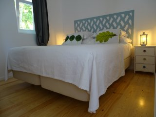 White Apartment, located on the White House - AYH - Lisbon vacation rentals