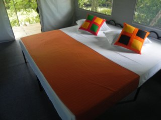 5 bedroom Tented camp with Internet Access in Udawalawa - Udawalawa vacation rentals