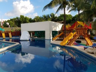 The Grand Lifestyle at Grand Oasis Tulum - Puerto Juarez vacation rentals
