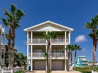 3BR/3BA Luxury Beach Home, Ocean Views, Sleeps 10 - Port Aransas vacation rentals