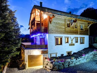 Chalet Serre Che ***** 10 people. 350 m from the slopes, with indoor pool, balneo, sauna, garage - La Salle les Alpes vacation rentals