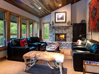 3BR, 3BA Park City Condo with Shared Pool & Hot Tub - Minutes to Skiing - Park City vacation rentals
