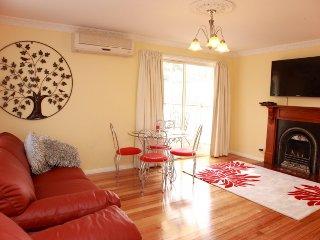 Secret Cottage - Melbourne vacation rentals