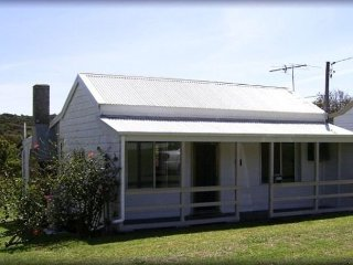 Catho Cottage Catho Cottage 2 nights - Cams Wharf vacation rentals