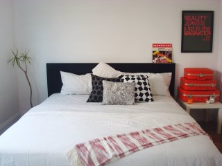 Simple Bedroom near South Coast & OC Observatory - Fountain Valley vacation rentals