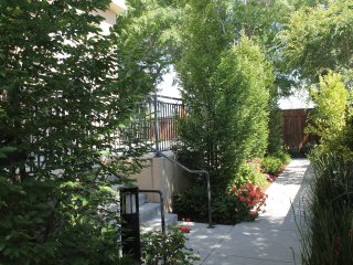 Nature's Retreat in the capital of Silicon Valley - San Jose vacation rentals