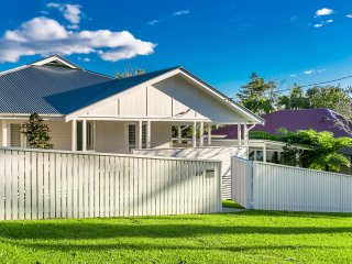 3 bedroom House with Parking in Byron Bay - Byron Bay vacation rentals
