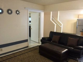 Furnished 1-Bedroom Apartment at Palmetto Ave & Paradise Dr Pacifica - Pacifica vacation rentals