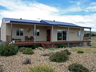 Frost Creek Lodge - Rural Sanctuary - Jindabyne vacation rentals