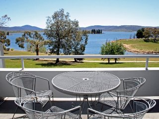 Horizons  418 - Lake Jindabyne Waterfront - Jindabyne vacation rentals