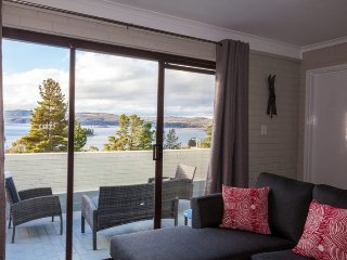Summit 11 - Fabulous views and location - Jindabyne vacation rentals