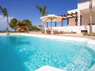 Gorgeous Villa with Internet Access and A/C - San Vito lo Capo vacation rentals