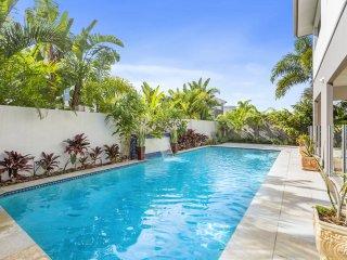 SALT BEACH HOUSE -WALK TO BEACH, BAR & RESTAURANTS - Kingscliff vacation rentals