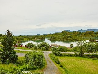 Nice hause,with beauthiful seaview - Straumsjoen vacation rentals
