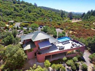 Bright Villa with Internet Access and Balcony - Glen Ellen vacation rentals