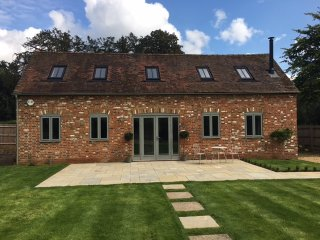 Luxurious, charming newly converted barn - Marlow vacation rentals