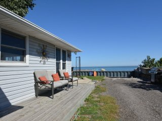 CooJax Cool Beach House On Lake Erie - Leamington vacation rentals