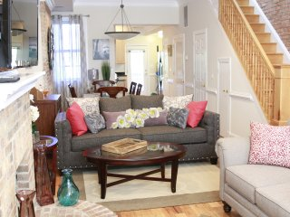 Cozy House with Deck and Housekeeping Included - Washington DC vacation rentals