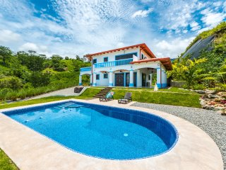 3BR Chontales Home w/Saltwater Pool & Ocean Views! - Tres Rios vacation rentals