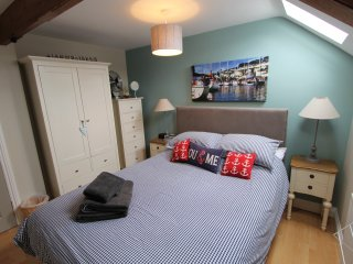 Perfect Getaway for Couples or Single Travellers - Fowey vacation rentals