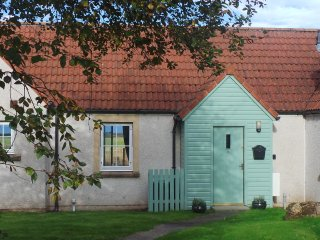 Bell Rock Cottage, Boarhills, Nr St. Andrews - Boarhills vacation rentals