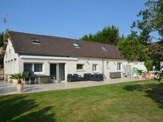 Grande maison familiale aux portes de Caen - Cormelles-le-Royal vacation rentals