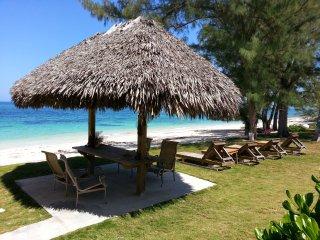 2 Spectacular, Beach Front Villas, Great Fishing - Nicholls Town vacation rentals
